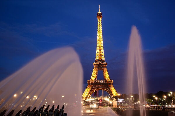 Paris most obvious romantic city