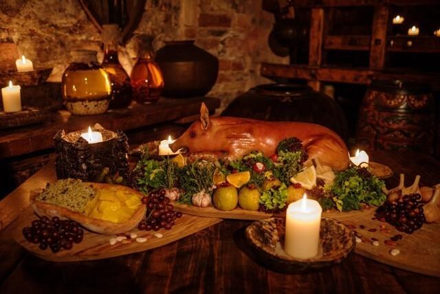 17th Century Polish table spread