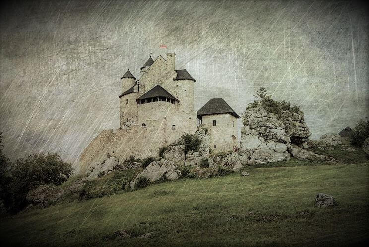 Three White Ladies of Bobolice Castle